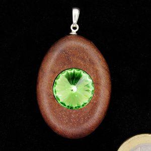 Produktbild Anhänger Nussbaum mit Kristallglas-Chaton